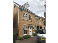 Modern 2 Bedroom House located on Windermere Avenue, Purfleet, RM19