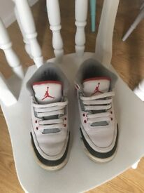 Kids Jordan's uk size 3
