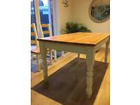 Cotswolds Dining room table
