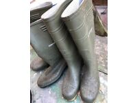 x2 pairs Dunlop Wellington welly boots size 9 used once