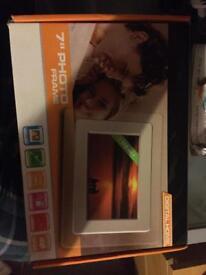 "7"" photo frame"