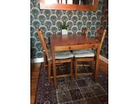 Ikea Kitchen Table / 4 Chairs