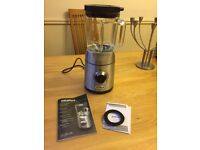 VillaWare electric food blender in excellent condition with variable speed control and pulse button