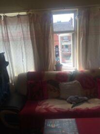 2 Bedroom flat for rent in heaton chapel