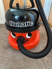 Henry Hoover 9 Litres (XL) - As new