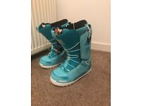 Snowboard boots size uk 5