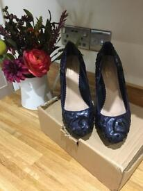 As new women's shoes