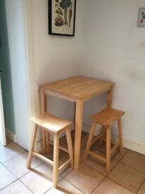 High table ans stools