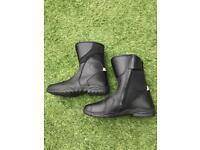 Motorcycle boots UK8 Eu42