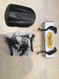 R&G rearsets Speed hump and Pazzo levers. Fit Suzuki GSXR 600 /750