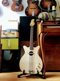 Danelectro Bass White Convertible Short Scale Semi Hollow 60s Vintage Shortscale
