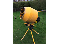 230v Master Mix Cement mixer with stand, 90 Lt drum