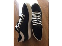 Mens leather trainers-new,sizes
