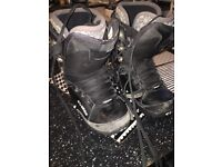 Thirty Two snowboard boots size 6 good condition any trial