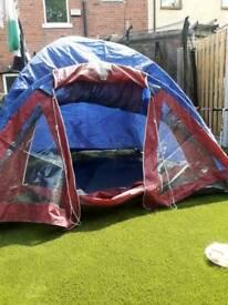 2 man maybe 3 man tent