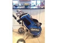 TAYLORMADE BURNER SUPERLAUNCH IRONS,RIGHT HANDED AND TAYLORMADE SLDR STAFF CARRY BAG.
