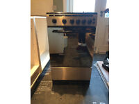 Russell Hobbs Stainless steel gaz cooker in excellent condition(almost new)