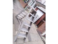 Set of solid steps in A frame excellent condition
