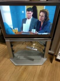 """Toshiba 32"""" TV Including Stand Model 32WLT58"""