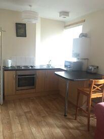Excellent Large 2 bedroom flat - Main Street Inverkeilor
