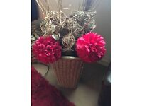 Free wicker basket and flowers