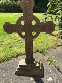 Garden Ornament - CELTIC CROSS (Metal)