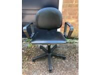 Salon / Hairdresser / Barbers Styling Chair - Delivery Available
