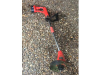 Cordless electric grass strimmer