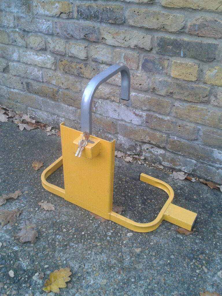 Wheel Clamp with Keys ##FREE LOCAL DELIVERY##