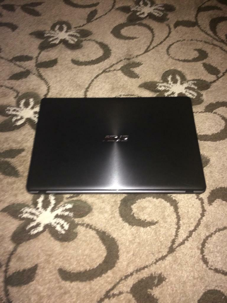 Windows 10 Asus Laptop (15 inch,6GB ram,500GB space, 1.50GHz)