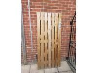 Garden gate solid