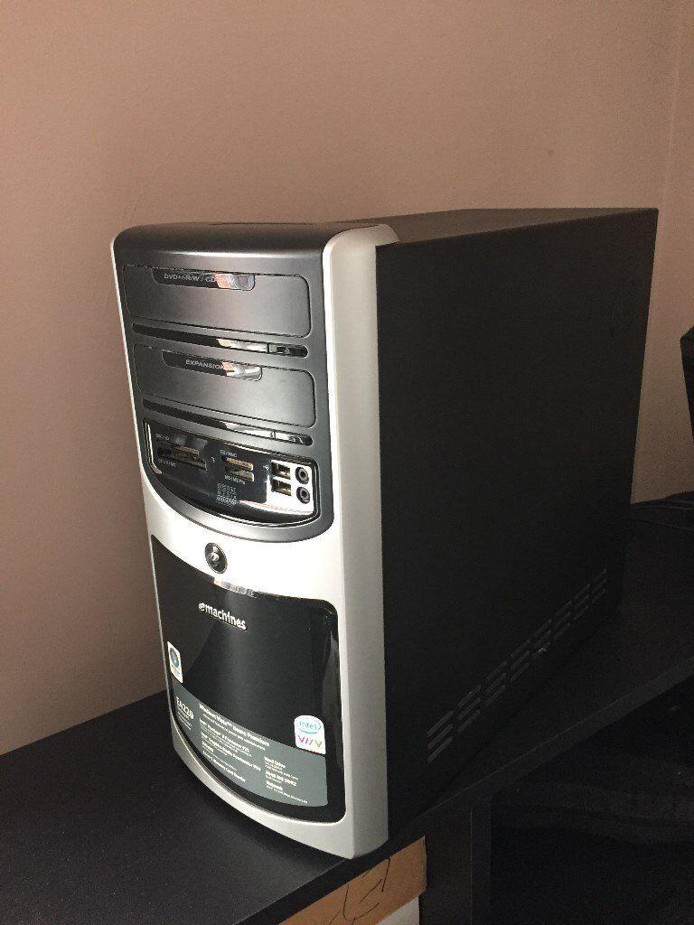 eMachine E4220 PC with Intel Pentium Dual Core 3.0GHz Processor&Keyboard