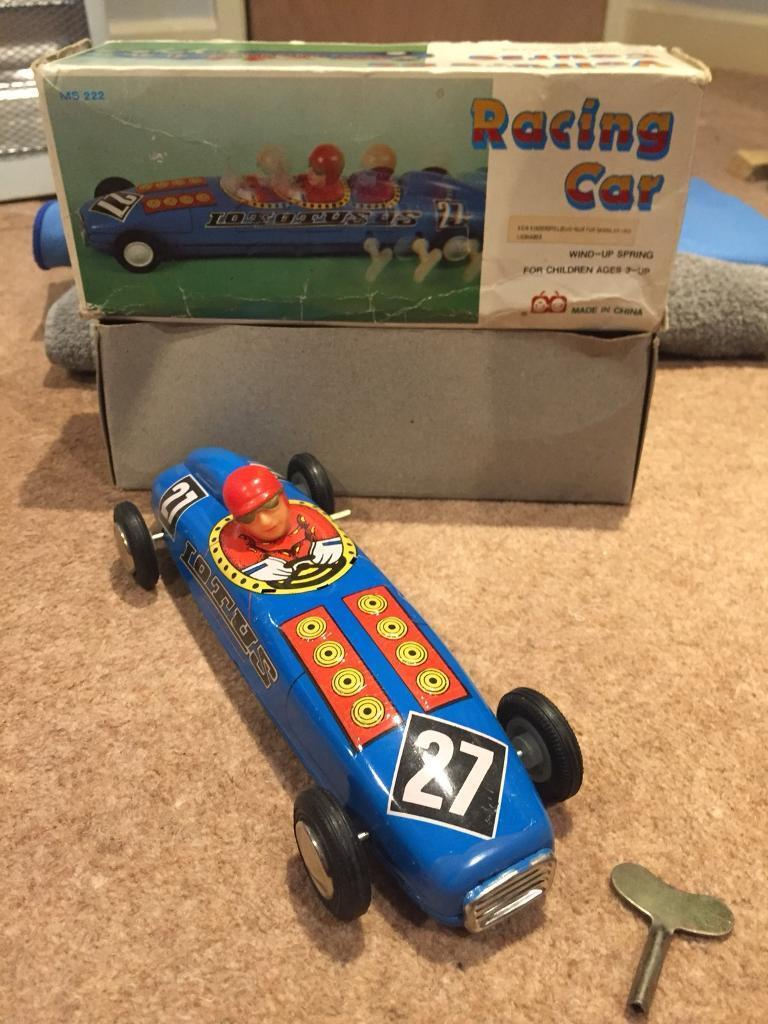 ms 222 clockwork racing car