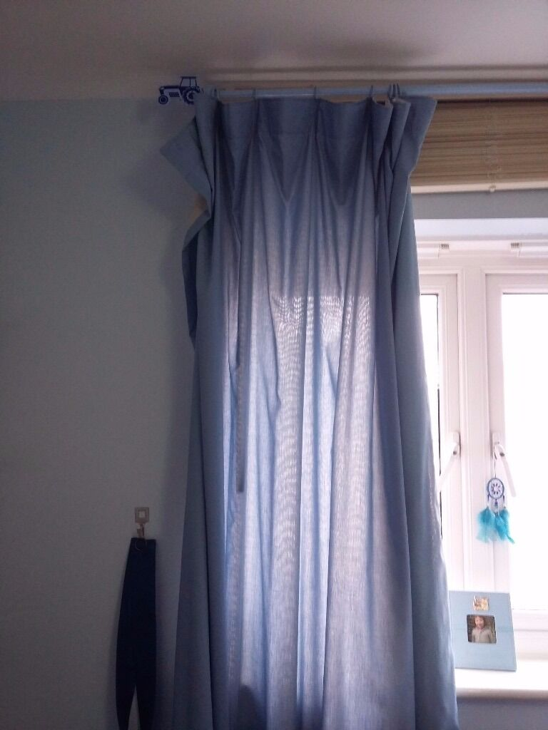 Free kid boy curtain with tractors polein Swindon, WiltshireGumtree - Will need new plastic hooks on one side. Comes with the pole, need gone this week end Collection redhouse