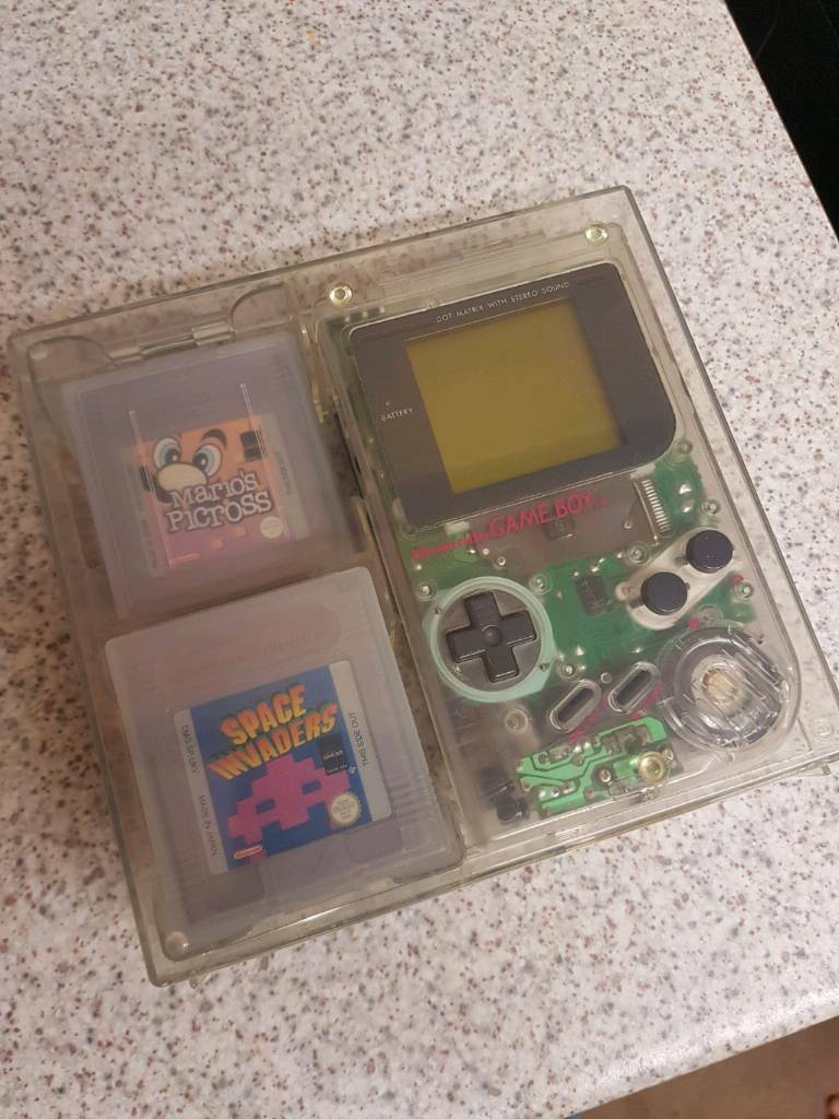 ORIGINAL NINTENDO GAMEBOY CLEAR BOXED WITH GAMES BUNDLE