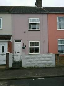 North Lowestoft 3 bedroom mid terrace.