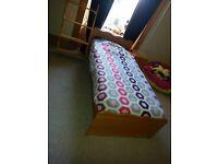 Solid pine wood Single bed set: Single bed, side table,shelves