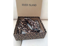 RIVER ISLAND LEOPARD PRINT ANKLE BOOT SIZE 5 AS NEW WITH BOX