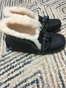 Size 11 Uggs Poler booties - Brand new