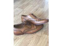 Men's brogue men's shoes