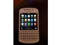 White Blackberry Q10 / Good Working Order / Network Vodafone