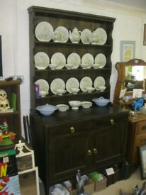 VINTAGE ORNATE SOLID OAK 'WELSH DRESSER'. TOP DETACHABLE. VIEWING/DELIVERY AVAILABLE
