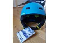 DC Shoes Snowboard helmet - ski helmet - new with tags Size XS/54cm