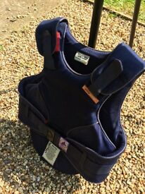 Body protector child's Medium Short Reiner Elite 2000 standard. Good condition