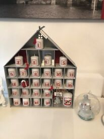 Advent Candle Calender Countdown to Christmas,silver and red with sparkly roof 25 printed votives