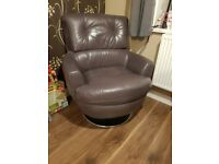 Dfs leather swivel chair. Very comfy excellent conditon