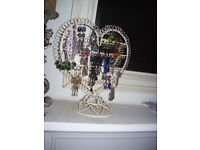 Cream shabby chic heart shape earring display stand