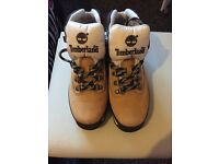 Women's Timberland Boots Size 4