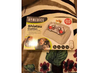 HoMedics Heated Shiatsu Massage Cushion with Remote Control - Cream SMP-17H-GB, New condition