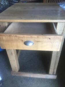 Decoration Rustic Style Table